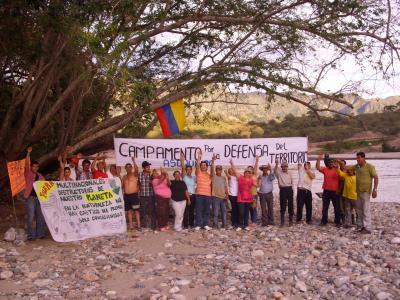 La resistencia detiene la represa El Quimbo