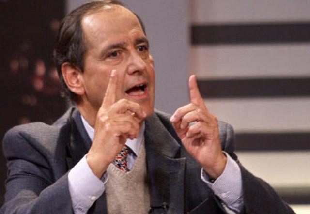 MINISTRO DE AGRICULTURA CUESTIONA ACUERDOS CON EMGESA